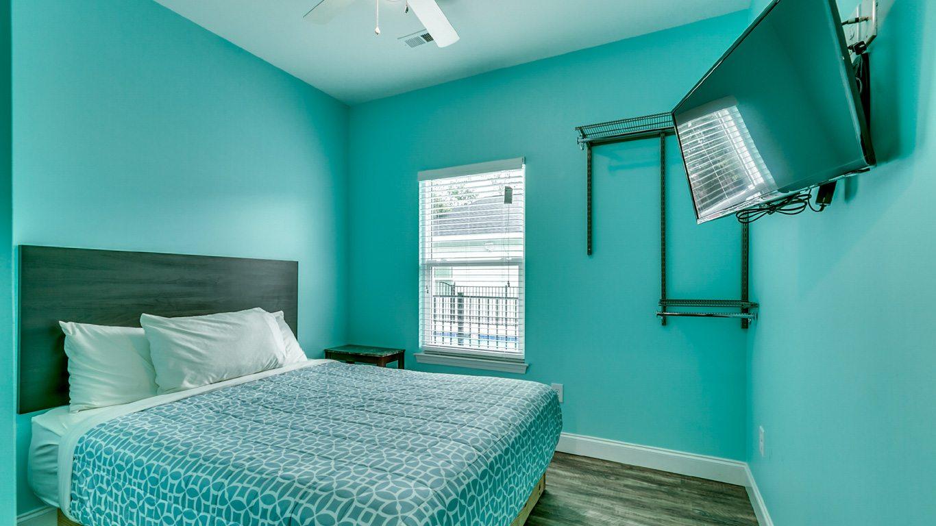 407 9th Avenue – Unit A bedroom.