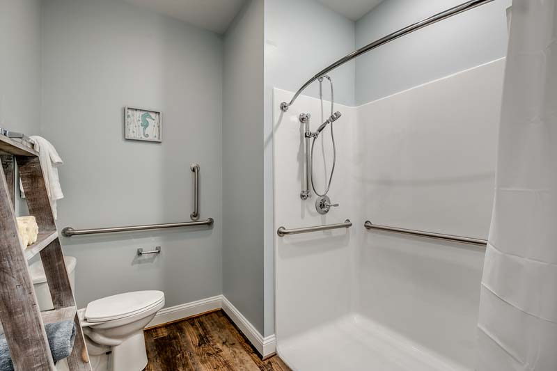 206 54th Ave N - Handicapped accessible bathroom.
